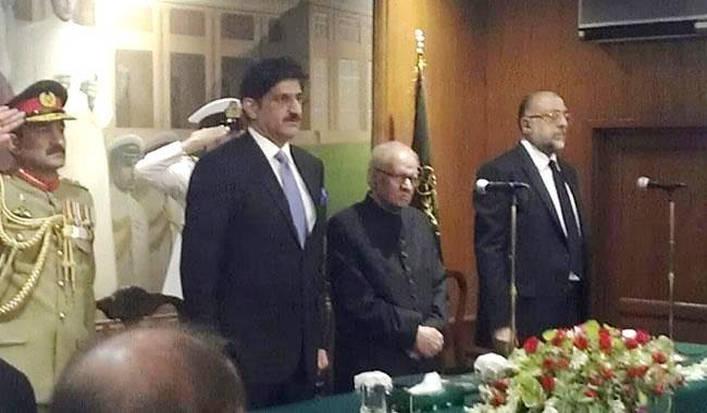 governor-sindh-takes-oath-11-nov-2016