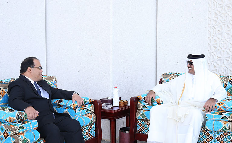Wilfredo C. Santos meets Emir of Qatar Sheikh Tamim bin Hamad AlThani 04 Jan 2016