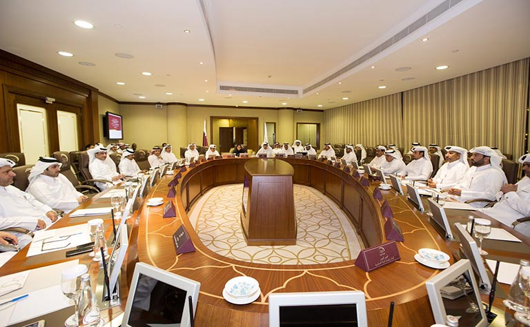 QOC Secretary General meets Sports Federations and Committees