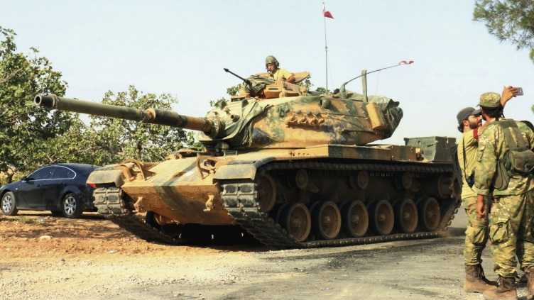 Turkish M60 tank supporting allied Syrian rebels during Operation 'Euphrates Shield' PA Photos