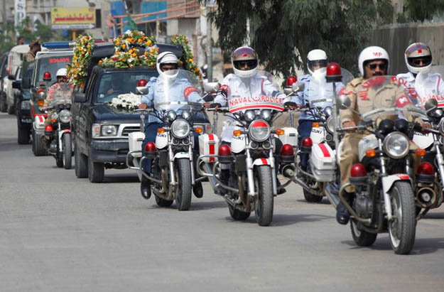 Pakistan defence contigent escort coffin of late Dr Ruth Pfau Pic by Reuters