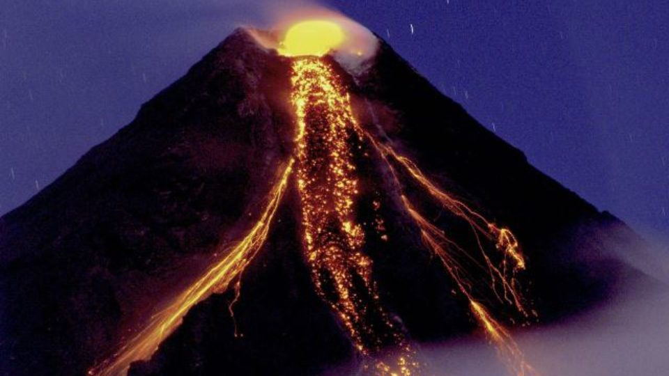 Mount Mayon Philippines Pic Inverse
