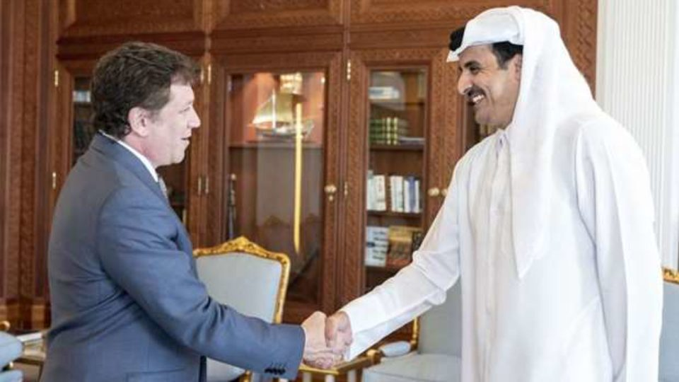 Alejandro Dominguez meets Emir of State of Qatar