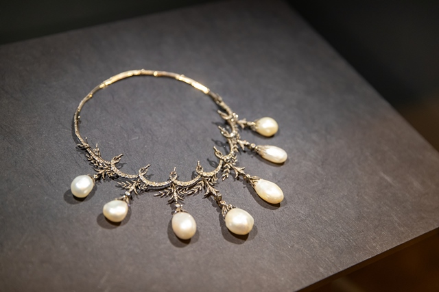 Qatar Museums Inaugurated World-Famous Pearls Exhibition in Moscow
