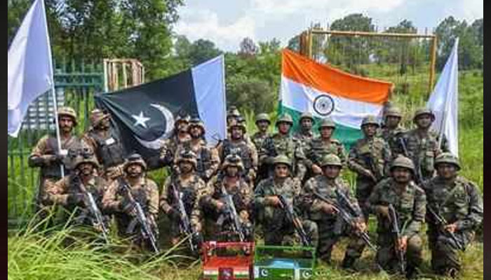 Pakistani-Indian Troops Participate First Time Together in Military Exercise