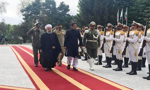 Iran-Pakistan to Form Joint Rapid Reaction Force Against Terrorism, No Third Country Can Affect Tehran-Islamabad Ties: President Rouhani