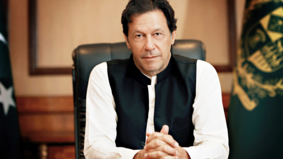 India's Illegal Move to Deteriorate Regional Peace: Khan Tells Dr Mahathir