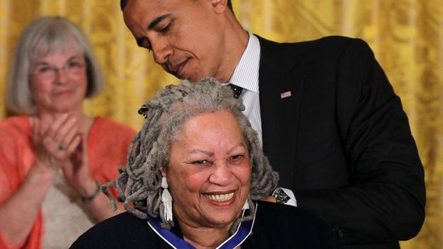 Toni Morrison: US Nobel Prize-Winning Author Dies at Age 88