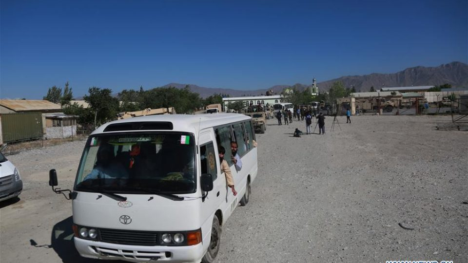 A bus carrying released Taliban prisoners leaves Bagram prison in Parwan province, eastern Afghanistan, May 26, 2020. Pic Xinhua News