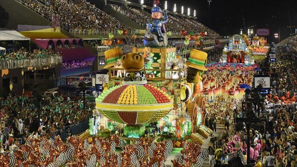 Rio Carnival Postponed For First Time In 100 Years