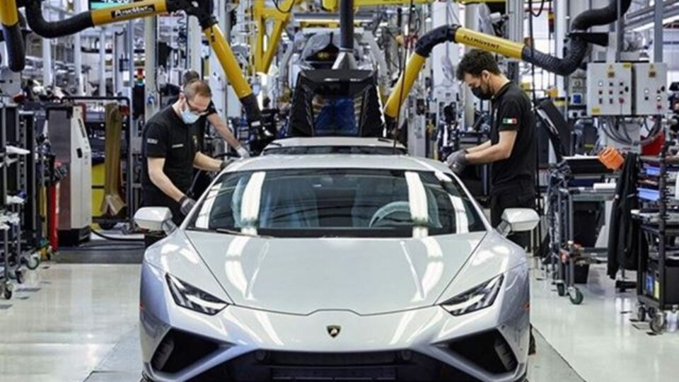 "Automobili Lamborghini Earns ""Top Employer Italy 2021"" Certification"