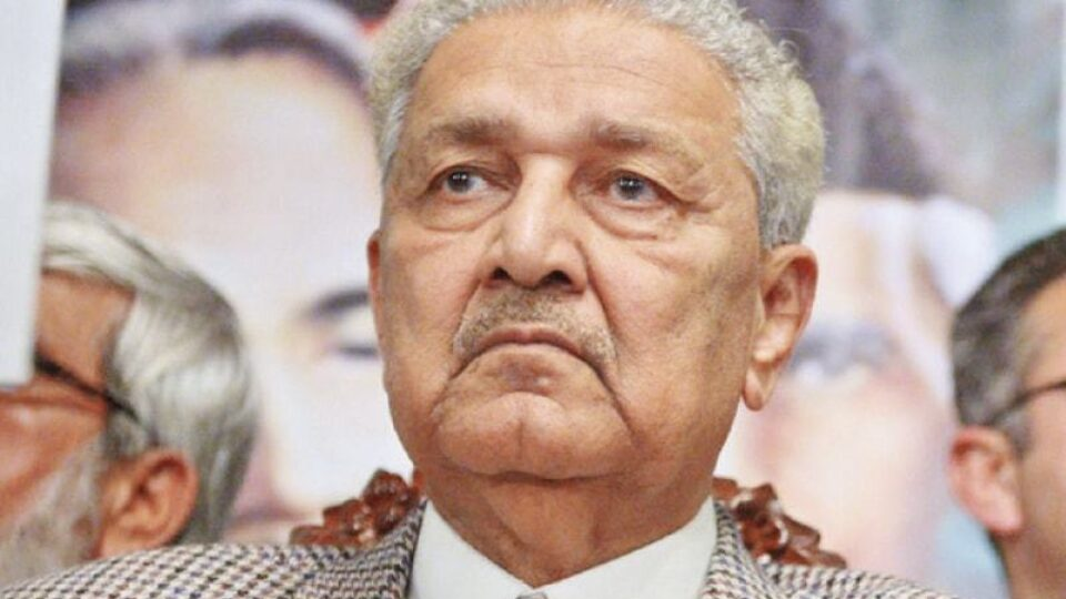 Pakistan's Top Nuclear Scientist Dr AQ Khan, 85, Passed Away